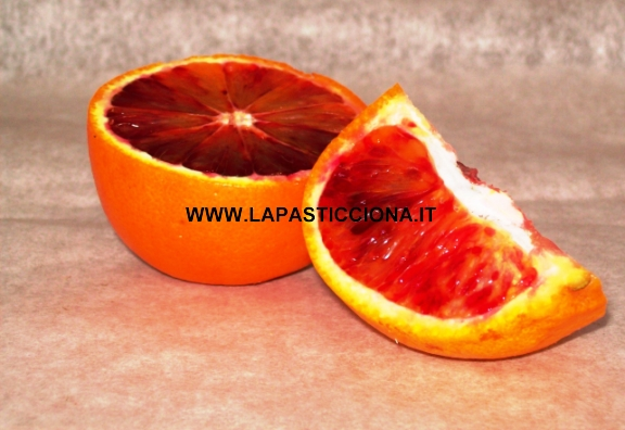 Spicchi d'arance sciroppate
