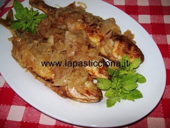 Vope ( boghe ) fritte con la cipollata