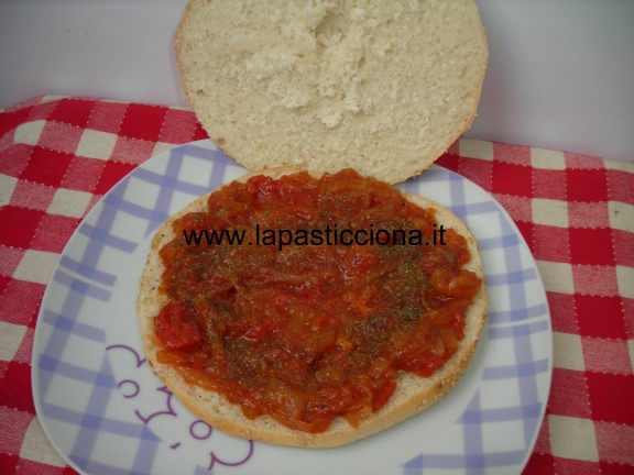 Muffuletta ( panini tondi) a sfincione 1
