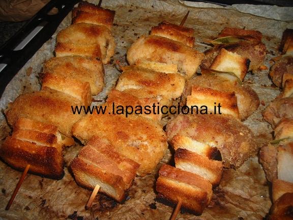 Involtini di carne e salsiccia alla Siciliana