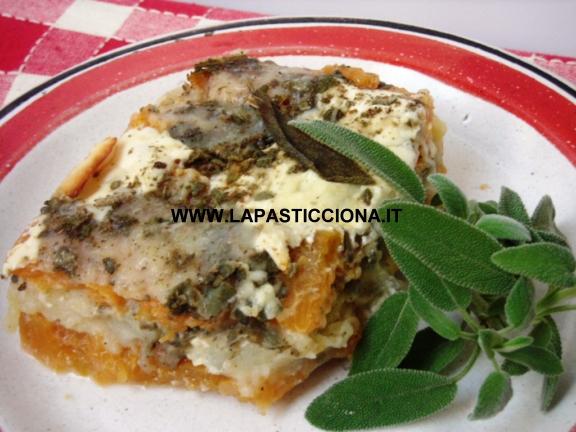 Parmigiana di zucca rossa e patate 6