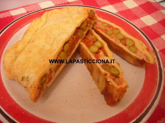 Strudel salato con ragù alla Siciliana e mozzarella7