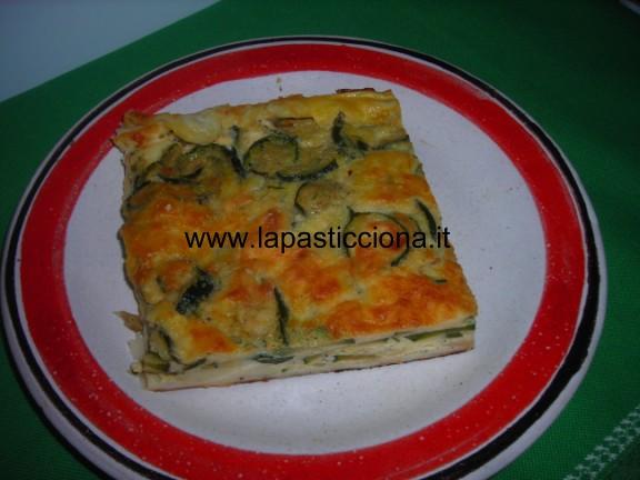 Torta salata con zucchine e primo sale 3