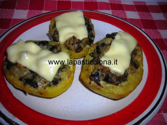Patate-con-ripieno-di-funghi-al-forno-5