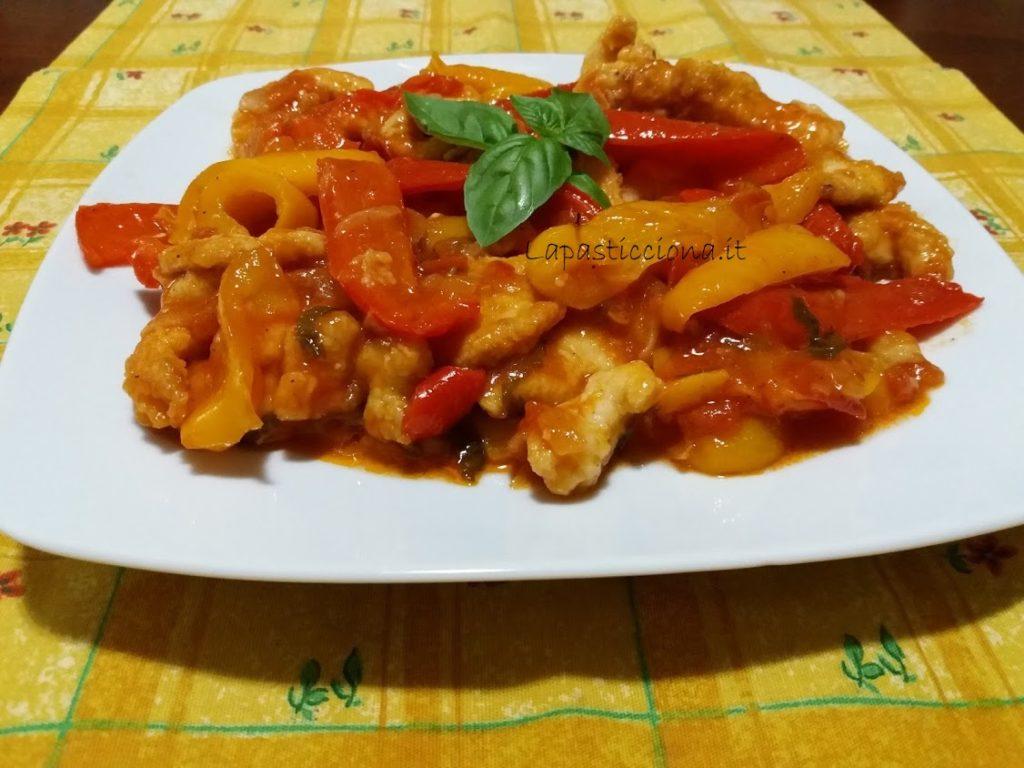 Filetti di pollo con peperoni