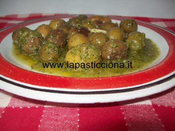 Olive condite in salsa aromatica 10