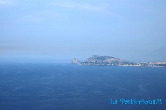 Panorama del golfo di Palermo visto da Monte Pellegrino