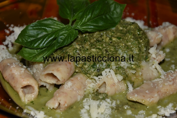 Busiati integrali al pesto di basilico