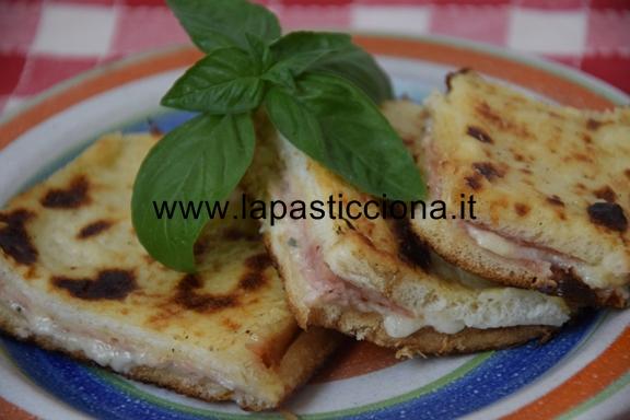 Torta di pancarrè con gorgonzola e prosciutto 1