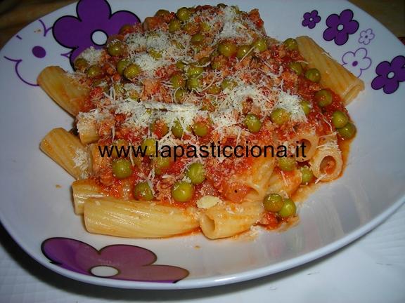 Rigatoni con ragù alla siciliana 9