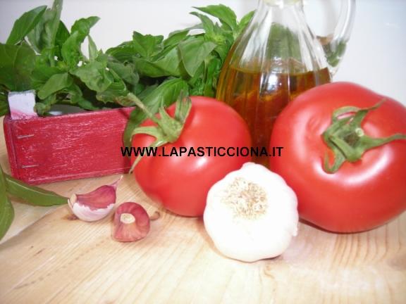 Pesto di capperi e mandorle alla siciliana