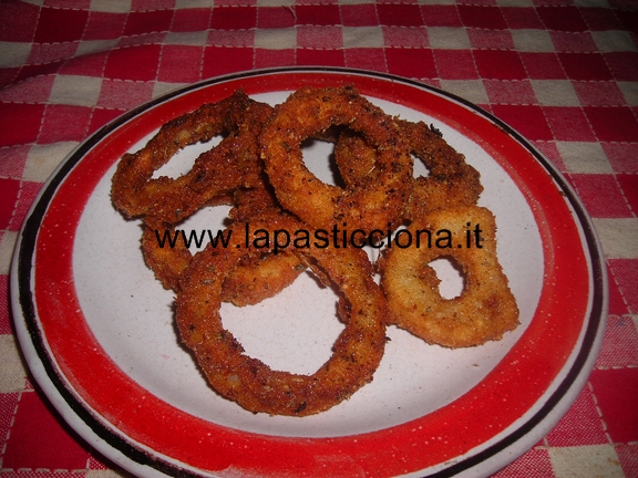 Stuzzicanti anelli di cipolla panati