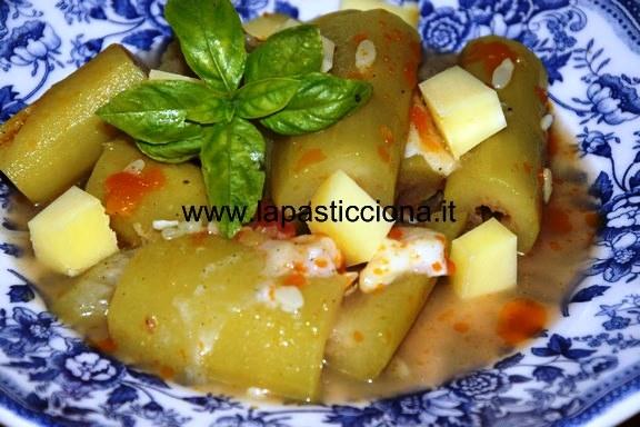 Zucchina lunga in zuppa (cucuzza longa)