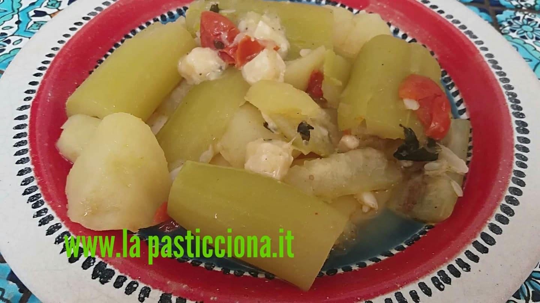 """Zucchina lunga siciliana """"a tuttu rintra"""" in umido"""
